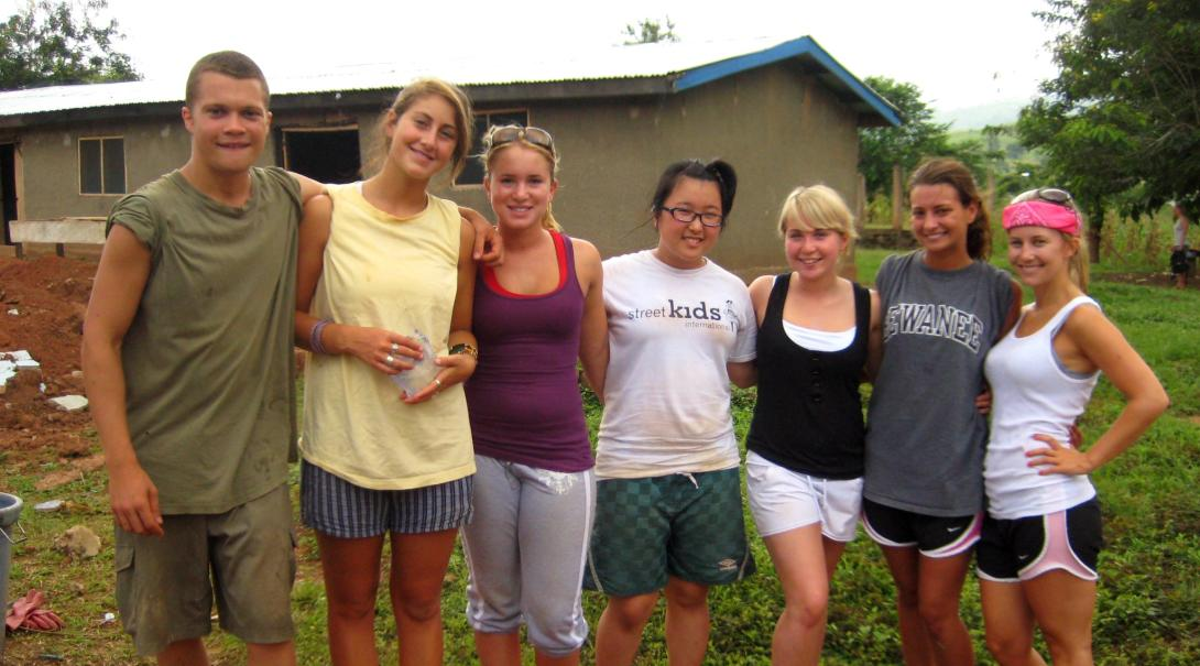 Projects Abroad high school volunteers have a good time in Ghana during their human rights internship for teenagers.